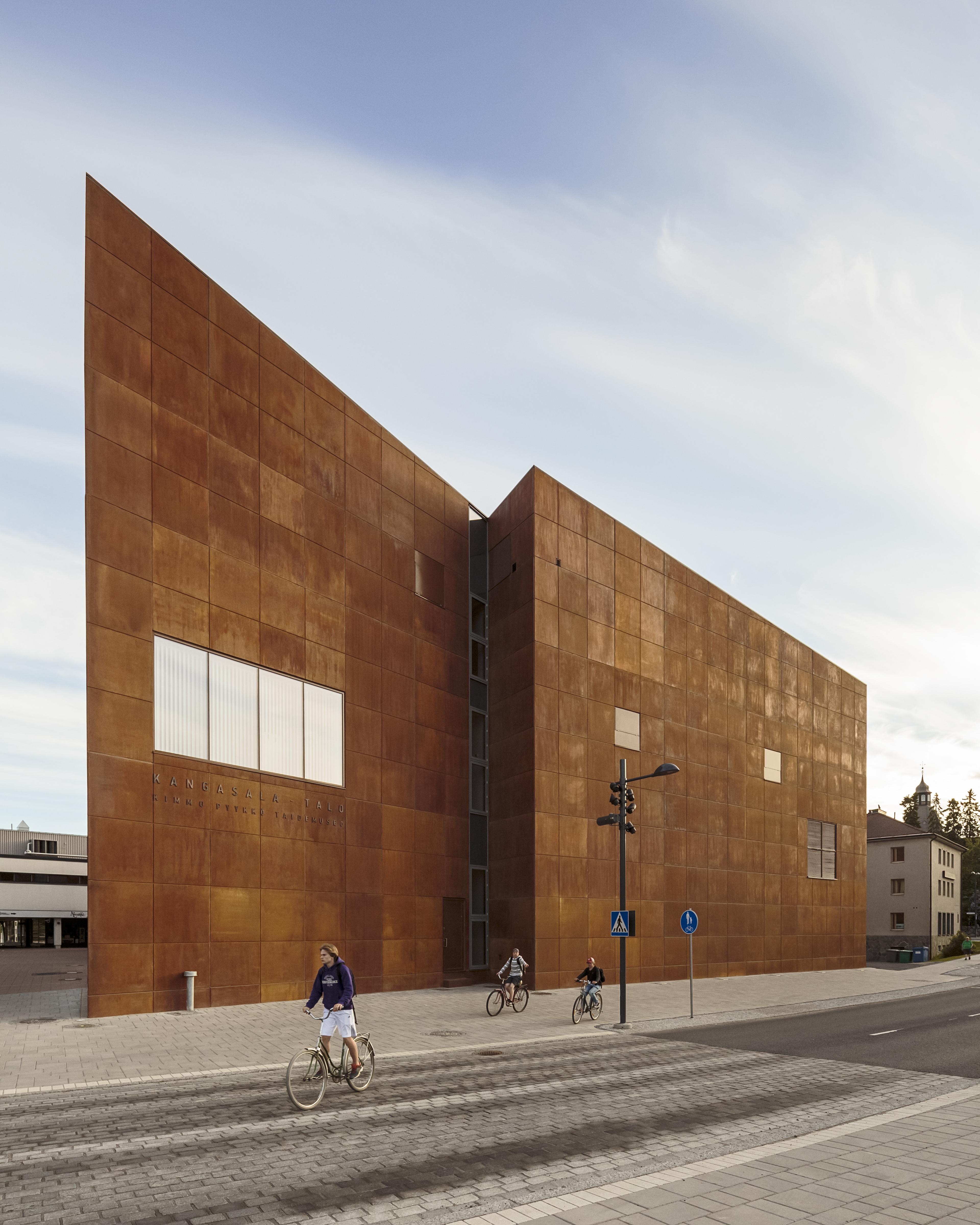 Betonijulkisivu – Arkkitehtuuripalkinto 2015: Kangasala-talo   Uutiset   Elementtisuunnittelu